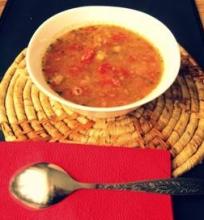Pikantiška avinžirnių ir citrinos sriuba