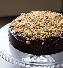 Lazdyno riešutų ir šokolado tortas