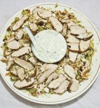 Graikiškos vištienos ir kuskuso salotos