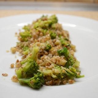 Grikiai su brokoliais ir salierais