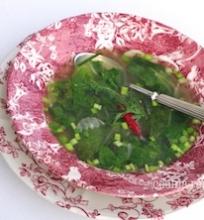 Pavasarinių gėrybių sriuba su krevetėmis