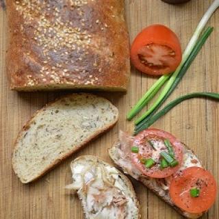 Keturių rūšių sėklų duona
