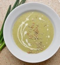 Kreminė svogūnų laiškų sriuba