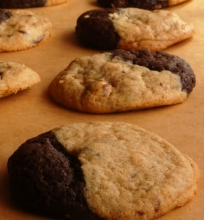 Minkšti sausainiai su riešutų sviestu ir šokoladu.
