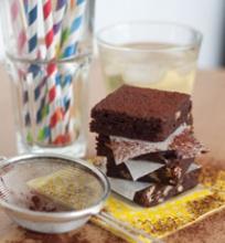 Šokoladiniai brownies su graikiškais riešutais