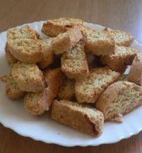 Kokosiniai biscotti