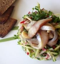 Pavasarinės salotos su silke