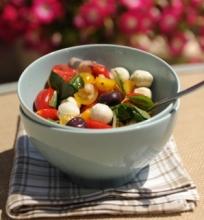 Pomidorų ir mocarelos salotos