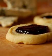 Mėlynojo pelėsinio sūrio sausainiai.